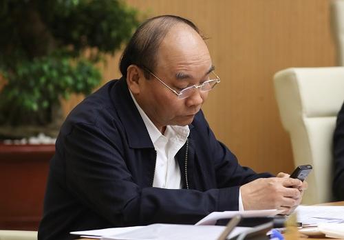 Thủ tướng Nguyễn Xuân Phúc nhắn tin ủng hộ bằng đầu số 1407 (Ảnh: VGP).