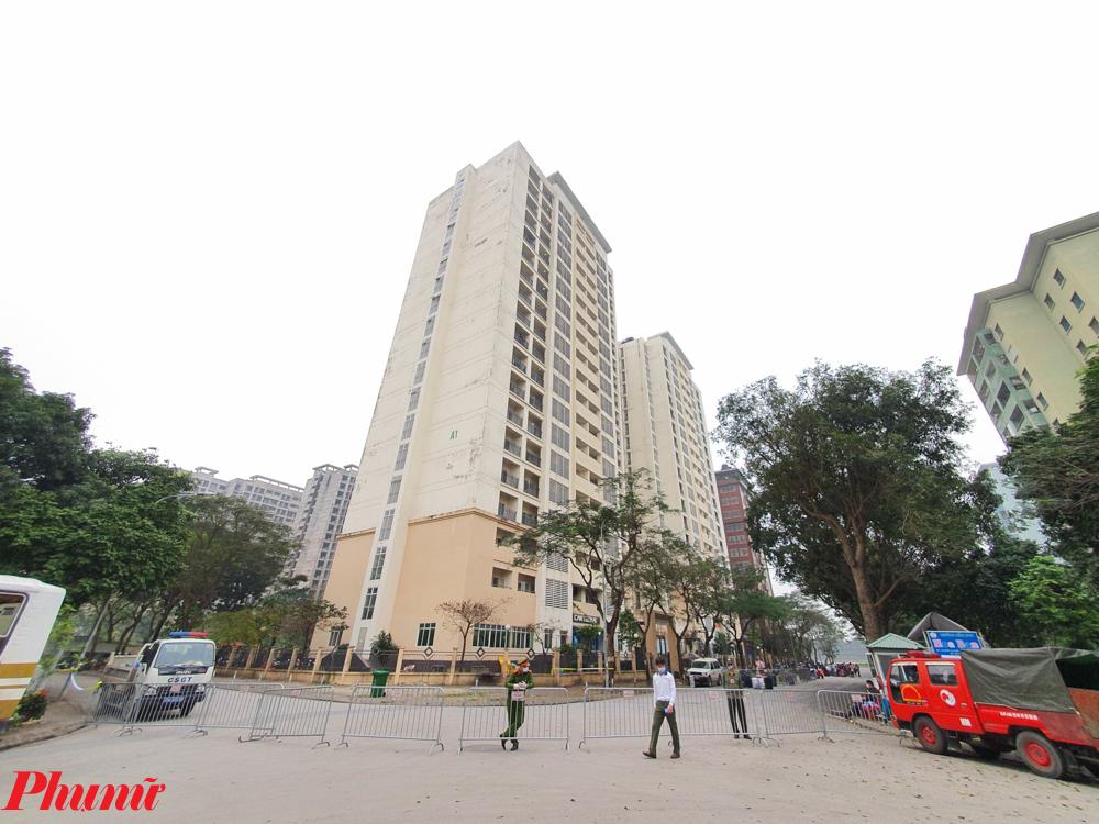 Khu cách ly này có 252 phòng, đáp ứng quy mô lưu trú cho 2.000 người. Với 19 tầng của toà nhà, thành phố Hà Nội quyết định sử dụng tầng 1 làm khu vực nấu ăn, các tầng 2-3 là nơi làm việc của các lực lượng, còn từ tầng 4-19 sử dụng làm nơi cách ly tập trung.