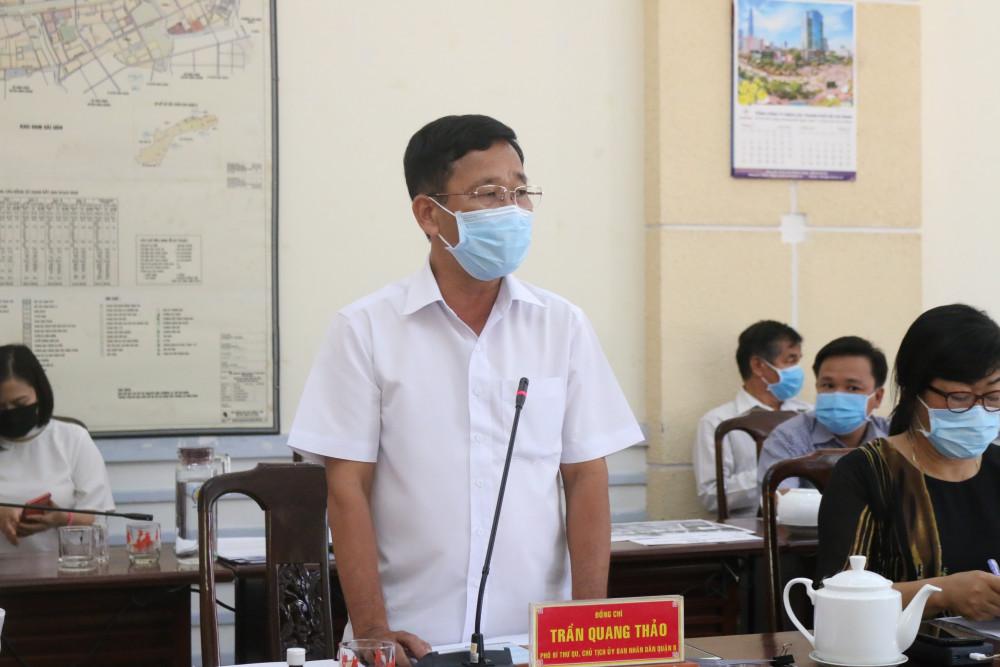 Ông Trần Quang Thảo - Chủ tịch UBND Q.8 báo cáo tình hình khó khăn trong phòng chống dịch COVID-19 tại địa phương