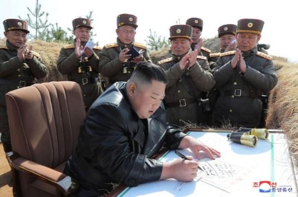 Giữa lúc dịch bệnh lan rộng khắp thế giới, dường như Triều Tiên đang muốn phô trương sức mạnh của mình.