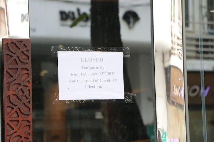 Thông báo đóng cửa khách sạn Emerald Waters của bà Hằng.
