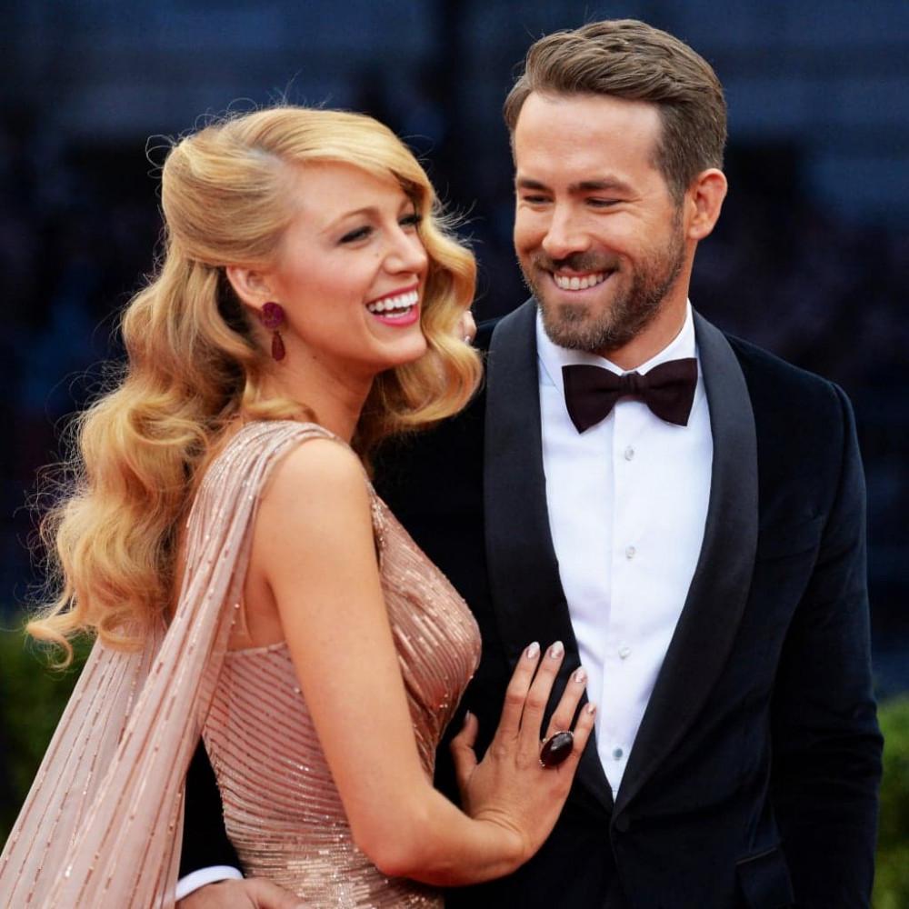 Nam diễn viên Ryan Reynold và vợ - nữ diễn viên Blake Lively ủng hộ 1 triệu USD.