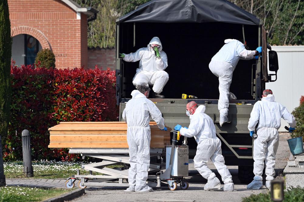 Số người tử vong và nhiễm mới tại Ý tiếp tục tăng cao.