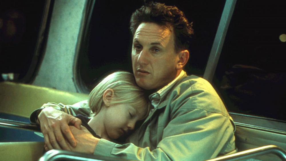 Cha con Sam và Lucy trong phim.