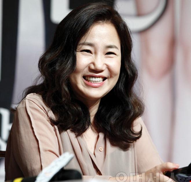 Biên kịch Kim Eun Sook thành công với loạt dự án Hậu duệ mặt trời, Người thừa kế
