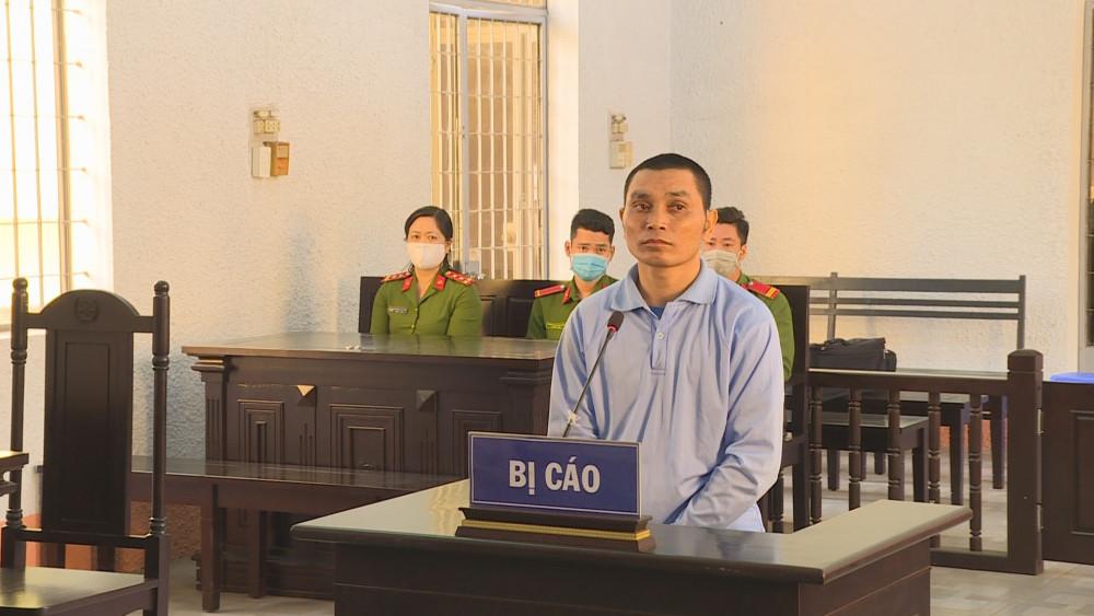 Bị cáo Y Phon Niê tại phiên tòa