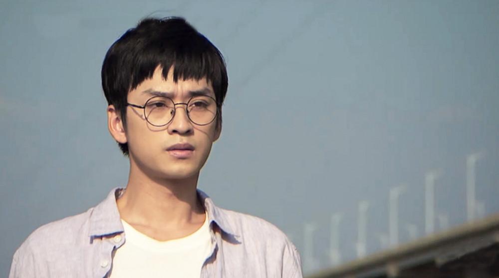 Hình ảnh mới của Trần Nghĩa trong phim Nhà trọ Balanha - bộ phim dành cho giới trẻ