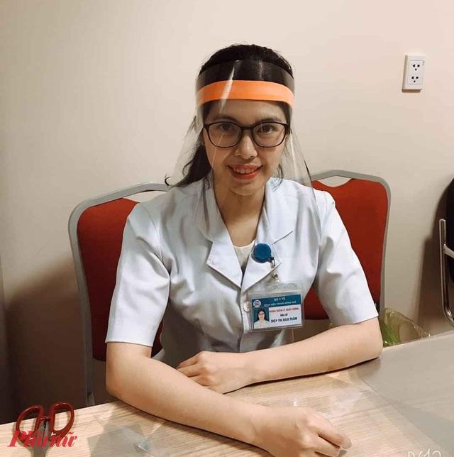 Mặt nạ che ngăn chặn giọt bắn rất hiệu quả với y bác sĩ tuyến đầu tiếp xúc bệnh nhân