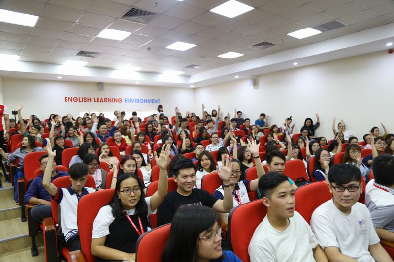 Sinh viên trường ĐH Kinh tế Tài chính TP.HCM tiếp tục nghỉ đến hết 3/5