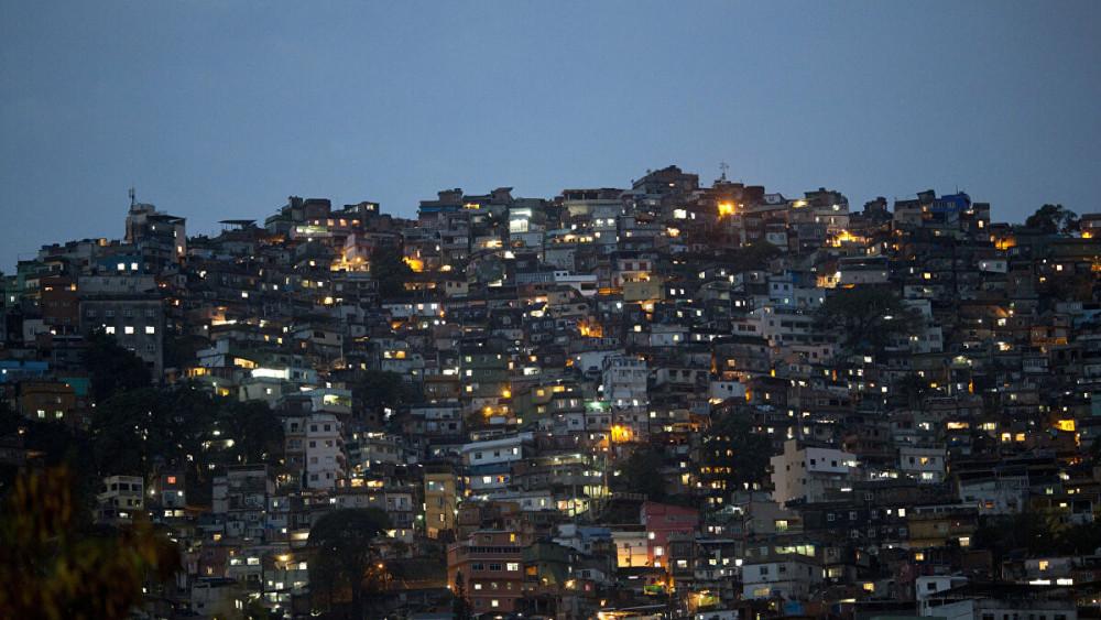COVID-19 đã lan đến các khu ổ chuột tại Brazil, làm dấy lên mối lo ngại về một trận dịch thảm khốc.