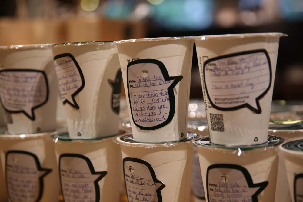 Đây là chương trình do một quán cafe tổ chức, với mong muốn gửi đến các bác sĩ đang ở tuyến đầu chống dịch 10.000 ly cafe, trà sữa. Góp một phần vào cuộc chiến phòng chống dịch của đất nước.