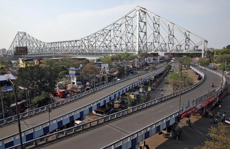 Con đường ở Kolkata trước khi Ấn Độ bắt đầu lênh phong toả toàn quốc.