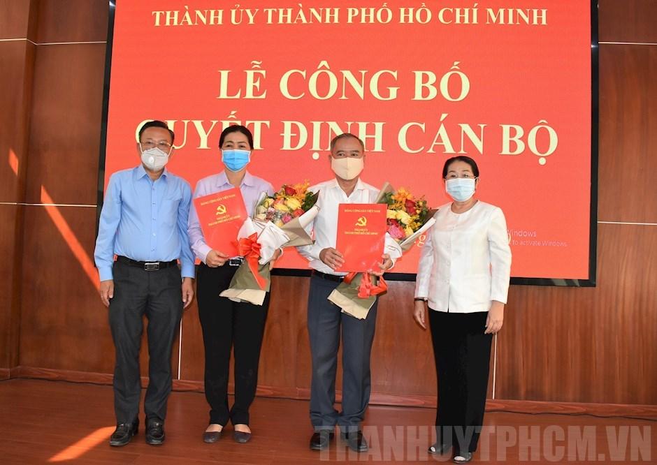 Phó Bí thư Thành ủy TP Võ Thị Dung trao quyết định cho đồng chí Nguyễn Thị Bạch Mai và đồng chí Nguyễn Văn Lưu