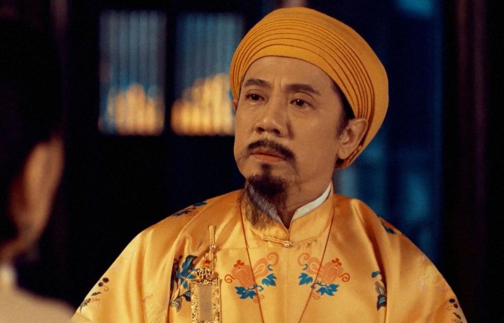 NSƯT Thành Lộc trong vai vua Thiệu Trị.