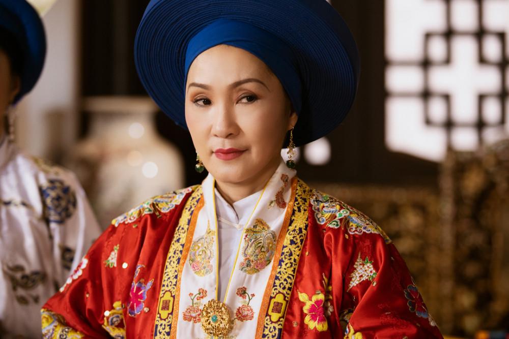 Diễn viên Hồng Vân trong vai nguyên cơ Hiệu Nguyệt.