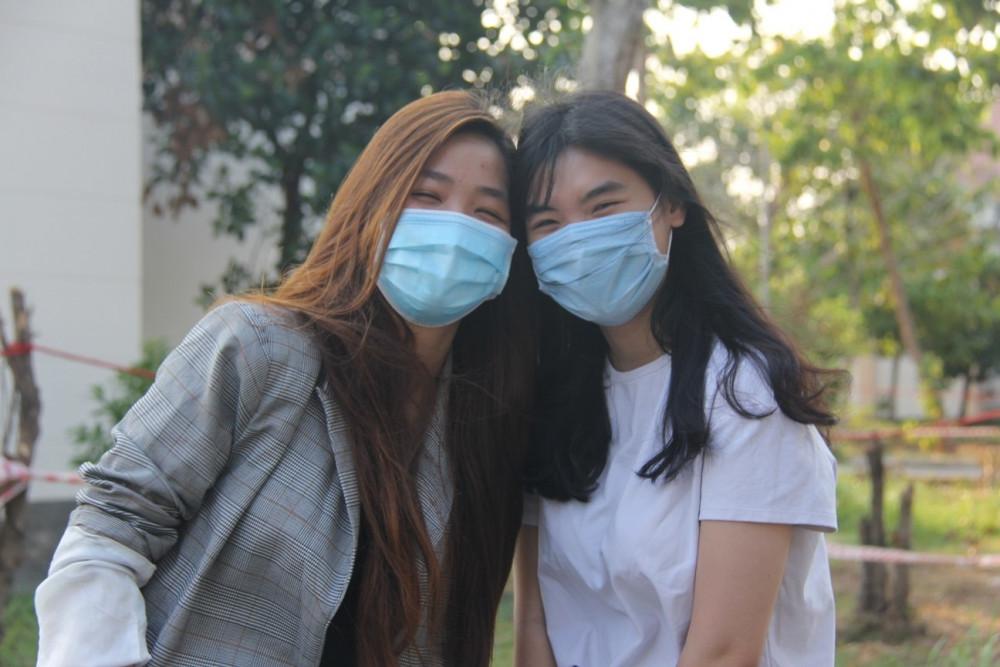 4 bệnh nhân COVID-19 điều trị tại Bệnh viện Dã chiến (huyện Củ Chi) được ra viện