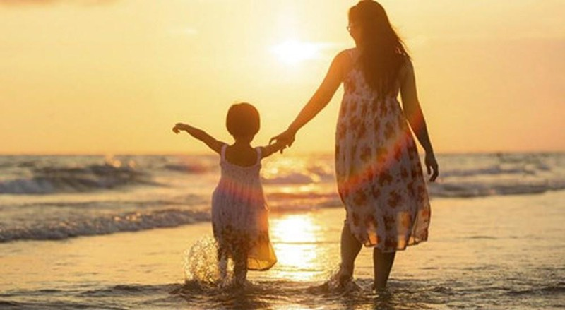 Làm mẹ đơn thân, số phận hay do mình lựa chọn (Ảnh minh họa)