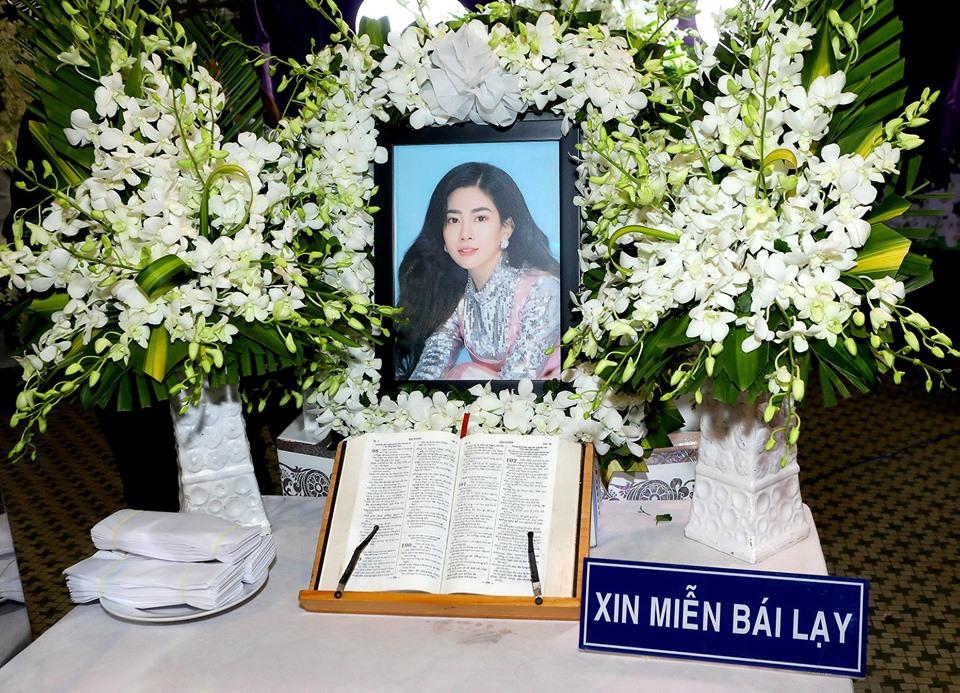 Diễn viên Mai Phương di nguyện tang lễ của mình giản lược những thủ tục bái lạy, nhang khói.