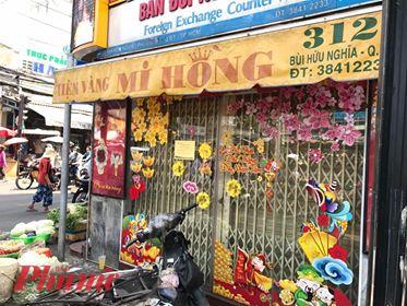 Nhiều cửa hàng vàng đã thông  báo đóng cửa để phòng dịch