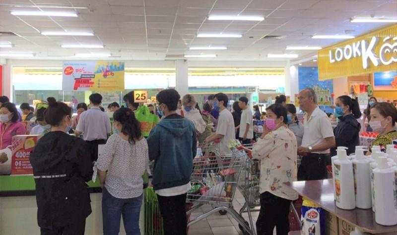 Sở Công thương khuyến cáo người dân hạn chế mua sắm tập trung đông người