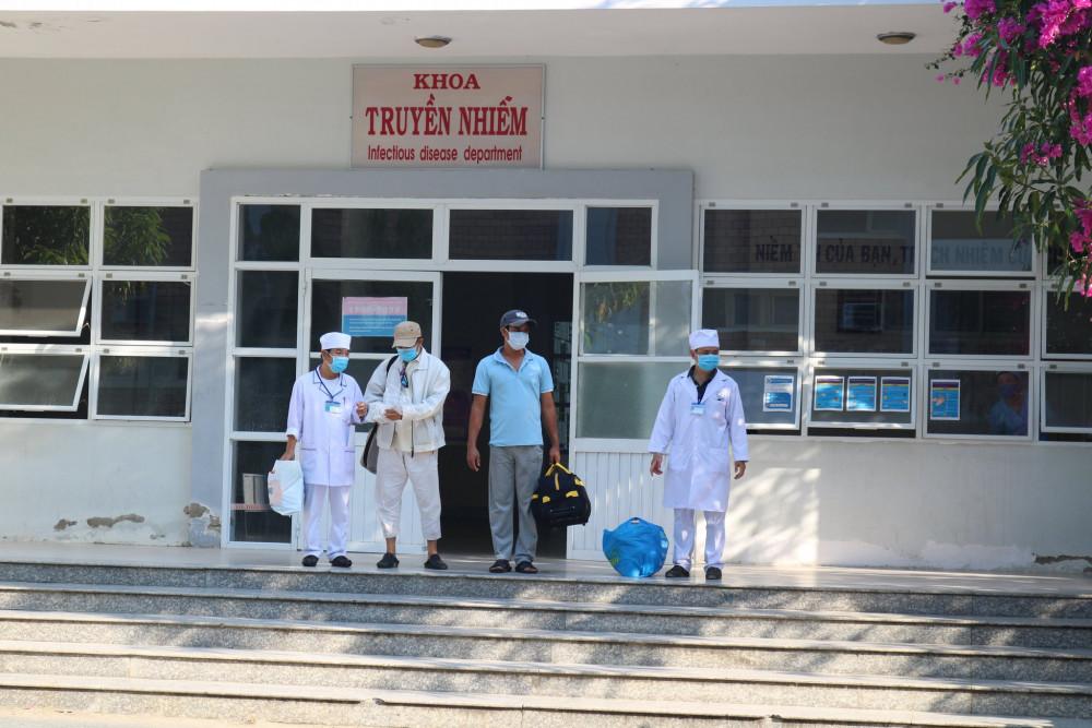 Hai bệnh nhân mắc COVID-19 ở Ninh Thuận đã khỏi bệnh