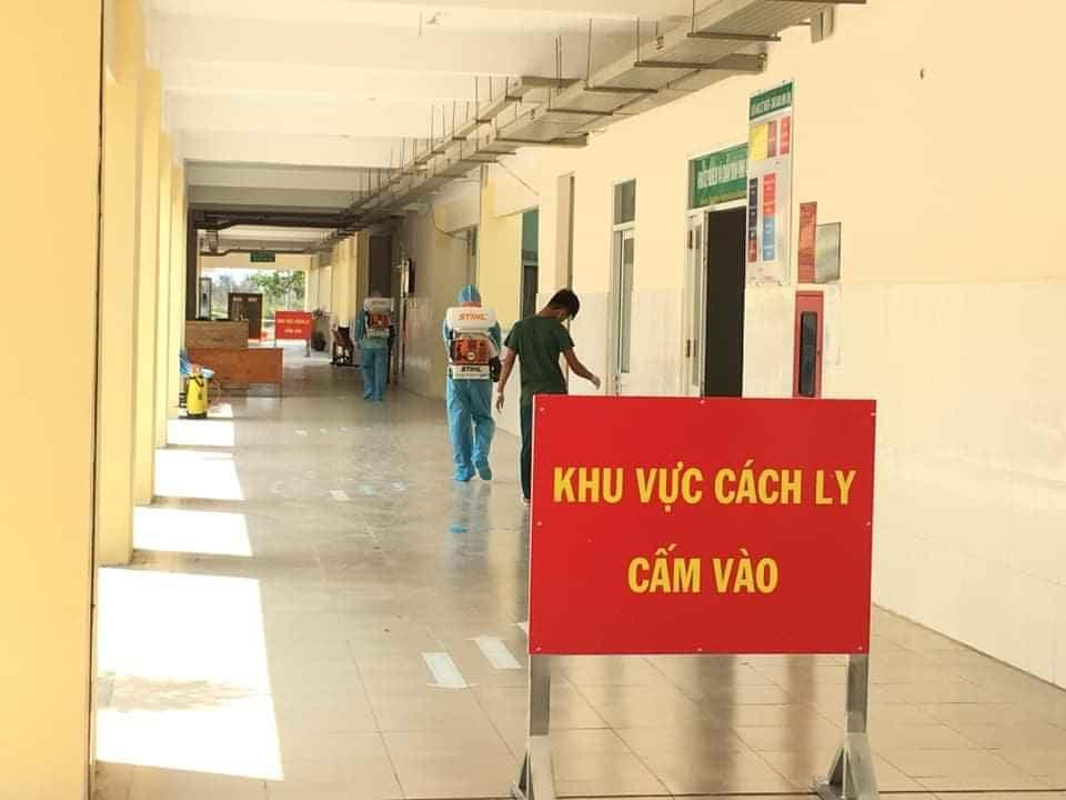 Các khu vực cách ly trong bệnh viện được kiểm soát chặt chẽ bởi các biến cảnh báo.