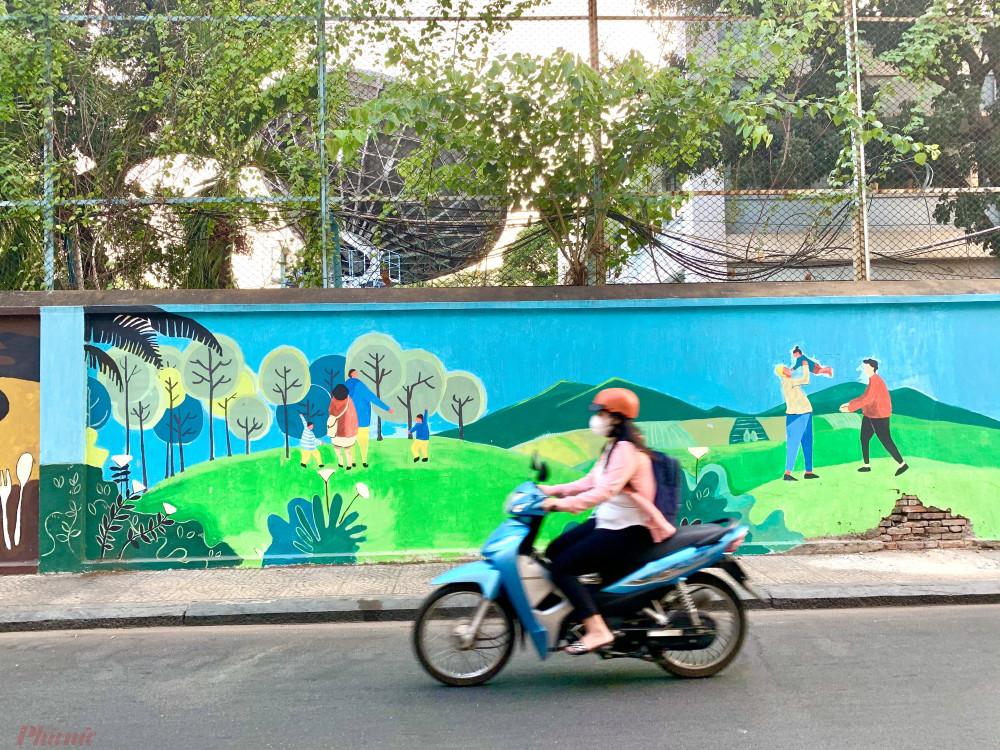 Thành phố đẹp hơn với những bức tường được phủ lên những màu sắc tươi tắn, sinh động.