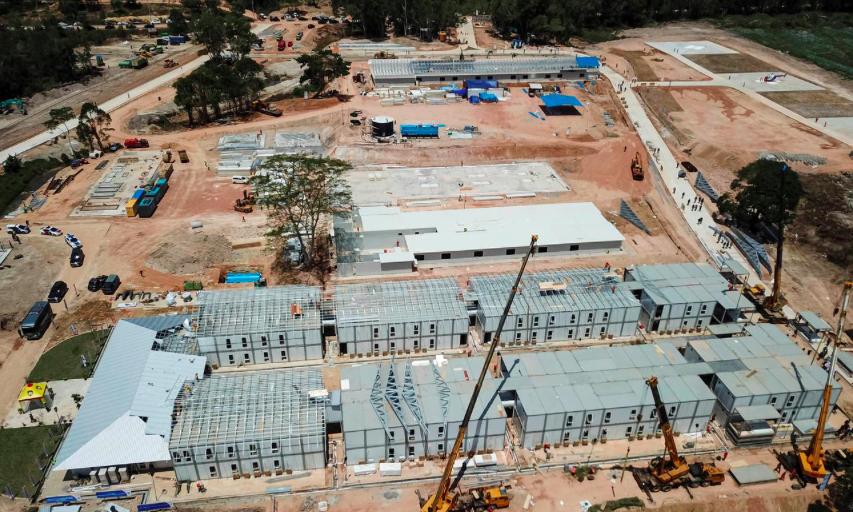 Bệnh viện trên đảo Galang đang trong quá trình hoàn thiện (ảnh chụp ngày 25/3)