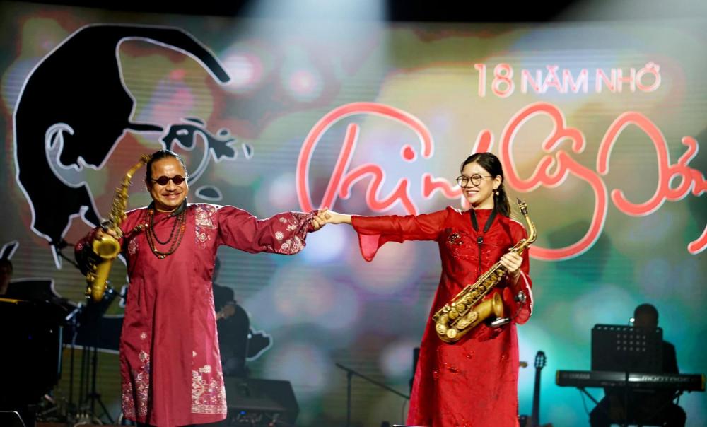Nghệ sĩ saxophone Trần Mạnh Tuấn và con gái sẽ biểu diễn online để tưởng nhớ nhạc sĩ Trịnh Công Sơn
