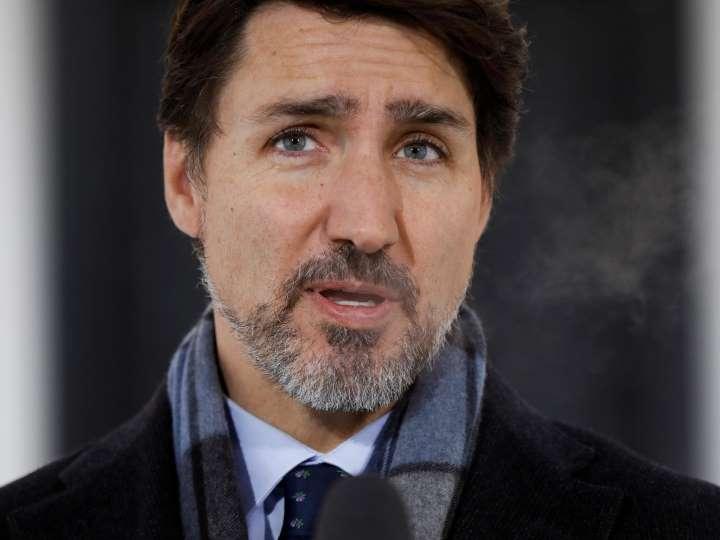 Thủ tướng Trudeau dọa trả đũa sau khi phía Mỹ chặn lô hàng khẩu trang dự kiến gửi cho các bác sĩ Canada - Ảnh: MSN.com