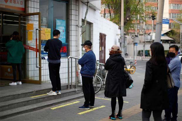 Trung Quốc báo cáo sự gia tăng các trường hợp nhiễm bệnh COVID-19, nhiều bệnh nhân không có triệu chứng bệnh - Ảnh: The Star Online