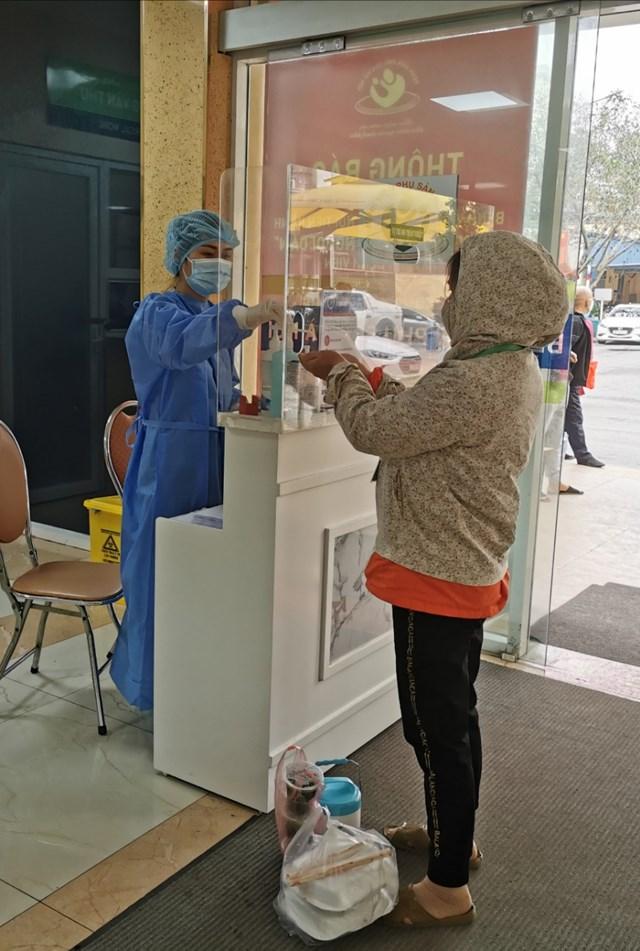 Các mẫu kết quả sáng 7/4 tại Bệnh viện phụ sản Hà Nội đều âm tính với SARS-CoV-2