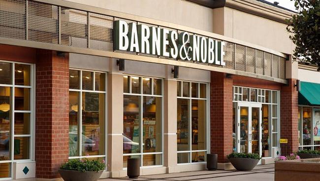 Hệ thống nhà sách Barnes & Noble tạm đóng cửa 500 cửa hàng sách