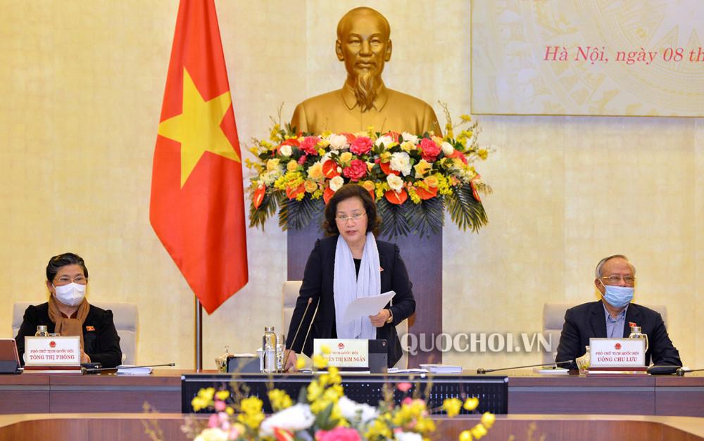 Chủ tịch Quốc hội Nguyễn Thị Kim Ngân phát biểu tại cuộc họp
