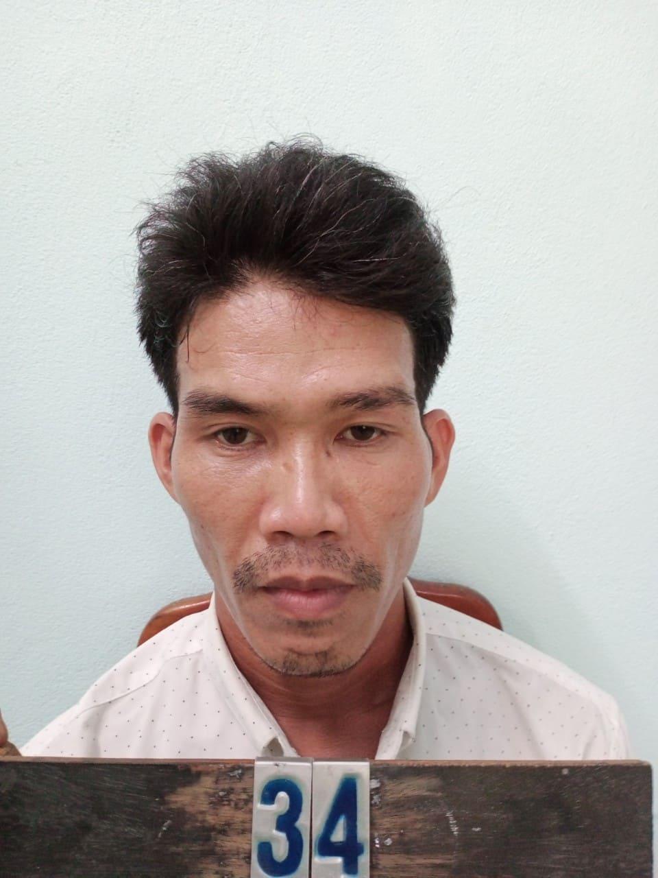 Đối tượng Nguyễn Văn Phương bị khởi tố vì hành vi Chống người thi hành công vụ.