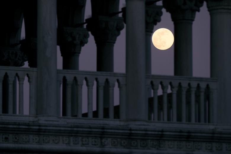 Thành phố Veneice cũng là nơi có thể ngắm siêu trăng tuyệt đẹp vào tối 7/4.