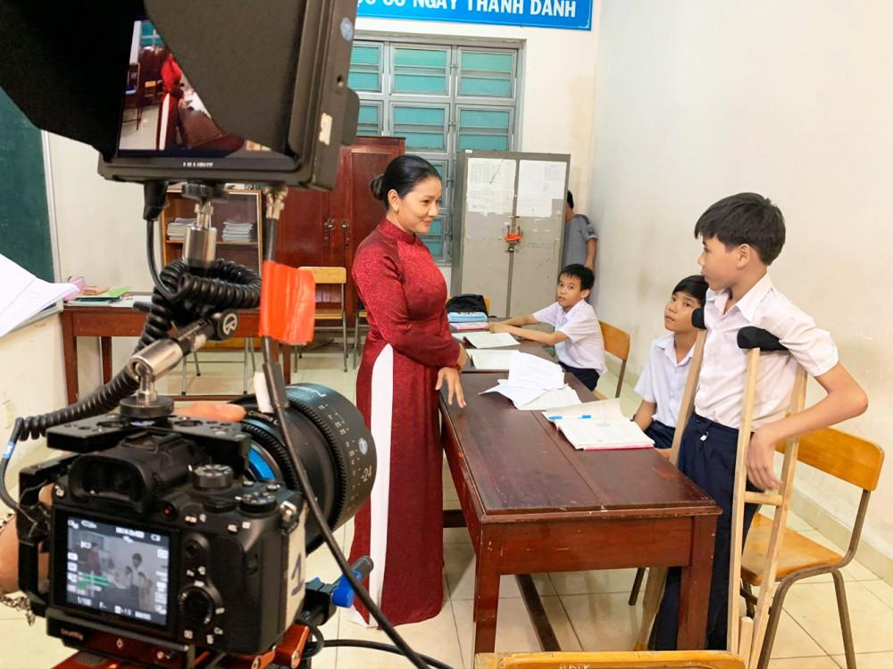 Một cảnh quay trong chuỗi phim ngắn 30 tập Hạt giống tâm hồn phát trên HTV7
