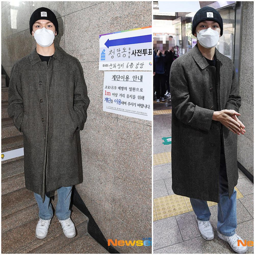 Vernon (nhóm Seventeen) diện trang phục khá thoải mái phối cùng áo khoác dáng dài thời thượng. Chiếc mũ len màu đen giúp anh chàng có vẻ ngoài cá tính hơn.