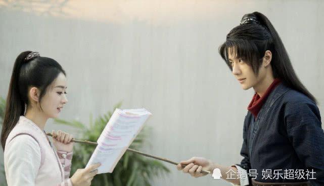 Hơn Vương Nhất Bác 10 tuổi nhưng nét đẹp trẻ trung của Triệu lệ Dĩnh giúp cả hai vẫn khá đẹp đôi trên màn ảnh.