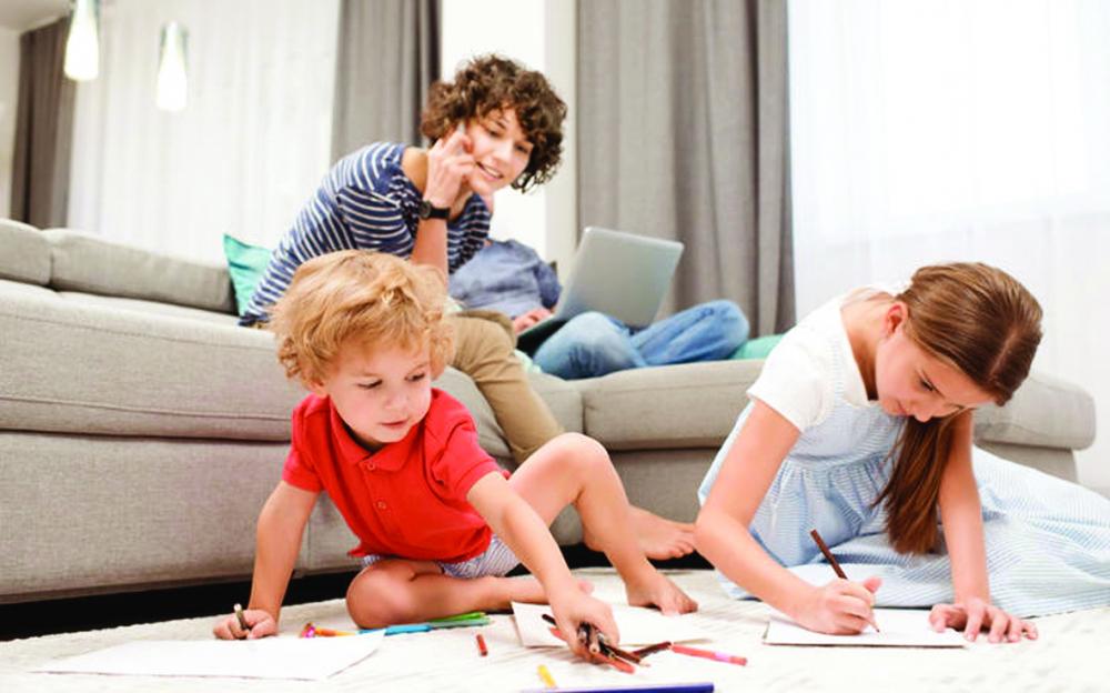 Việc chăm sóc trẻ em đồng thời duy trì công việc hằng ngày có thể khiến phụ huynh đau đầu. Lời khuyên cho bạn là hãy lên kế hoạch và tách biệt các nhiệm vụ