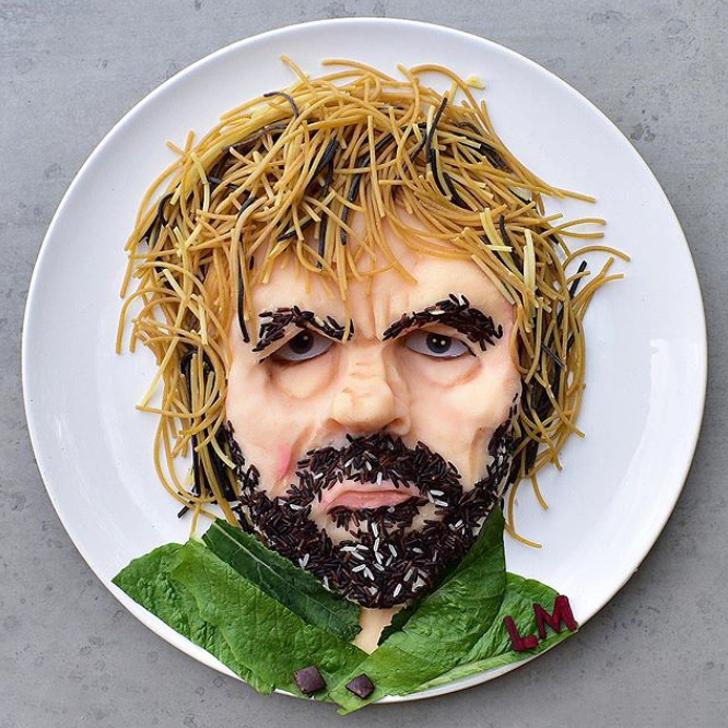 Mỳ Ý, gạo lứt, rau xanh cũng trở thành tác phẩm nghệ thuật vô cùng sinh động.