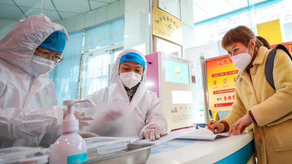 Hơn 2,2 triệu ca nhiễm SARS-CoV-2 trên toàn thế giới.