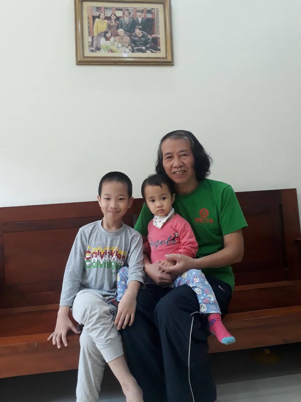 Ba ông cháu nhà thơ Vũ Trọng Thái