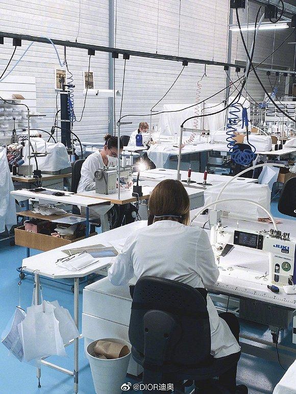 Nhà máy DIOR của Pháp bị ảnh hưởng bởi dịch bệnh và chuyển sang sản xuất mặt nạ