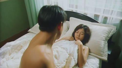 Bae Doo Na tự đảm nhiệm những cảnh quay giường chiếu trong Thanh xuân rực lửa.