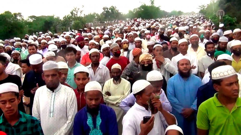 Hơn 100.000 tham dự tang kễ quan chức tại Bangladesh.
