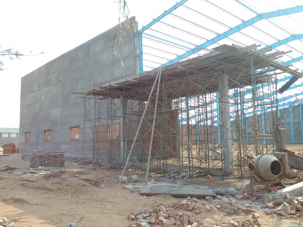 Công trình xây dựng nhà xưởng ở khu công nghiệp Hòa Phú, nơi xảy ra vụ sập tường khiến có đến 7 người tử vong