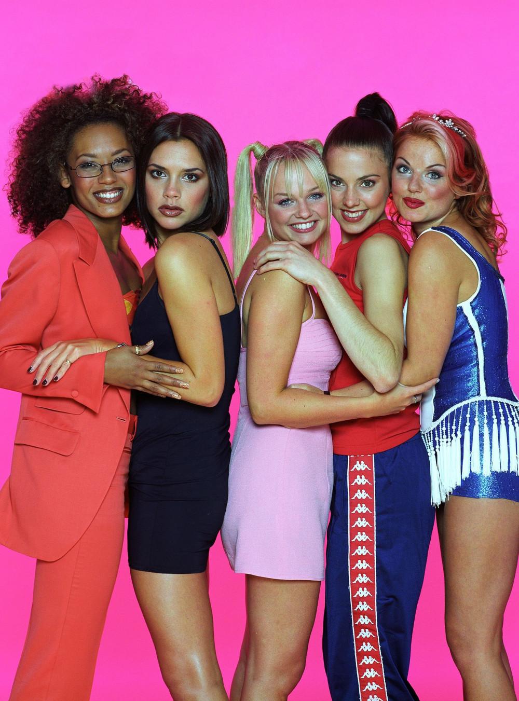 Spice Girls thời còn đủ 5 thành viên.
