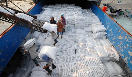 Bộ Công thương báo cáo Thủ tướng việc Bộ Tài chính cho rằng Bộ này không tiếp thu ý kiến về xuất khẩu gạo. Ảnh minh hoạ