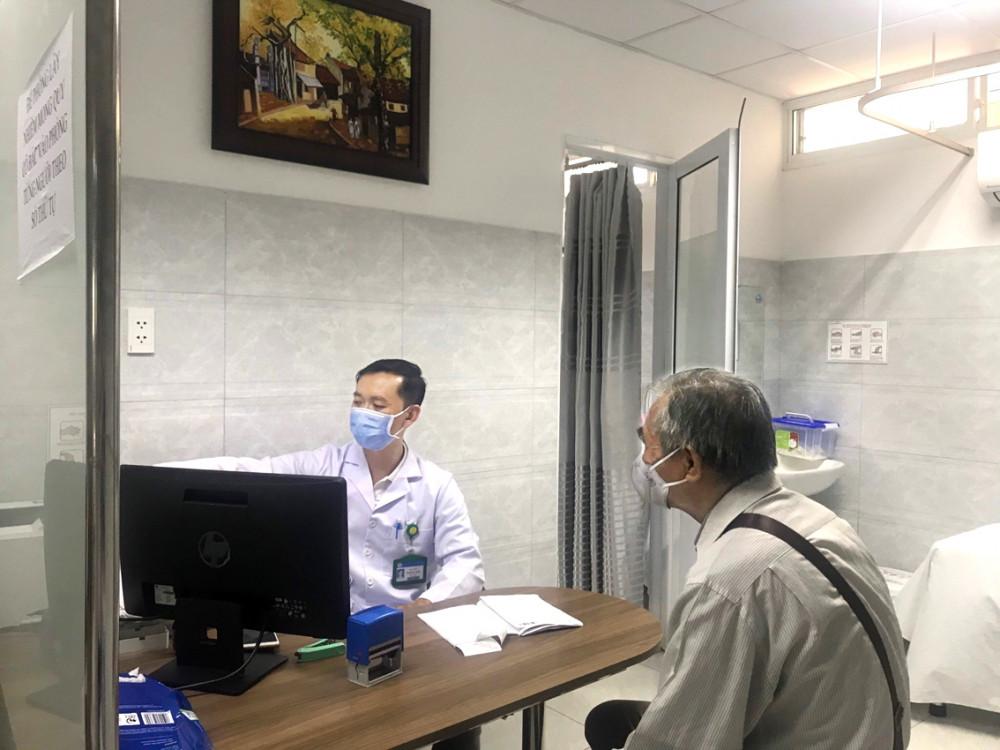 Bệnh nhân mắc bệnh chuyển hóa tới Bệnh viện Thống Nhất khám vì sức khỏe chuyển biến xấu do sinh hoạt xáo trộn khi ở nhà tránh dịch
